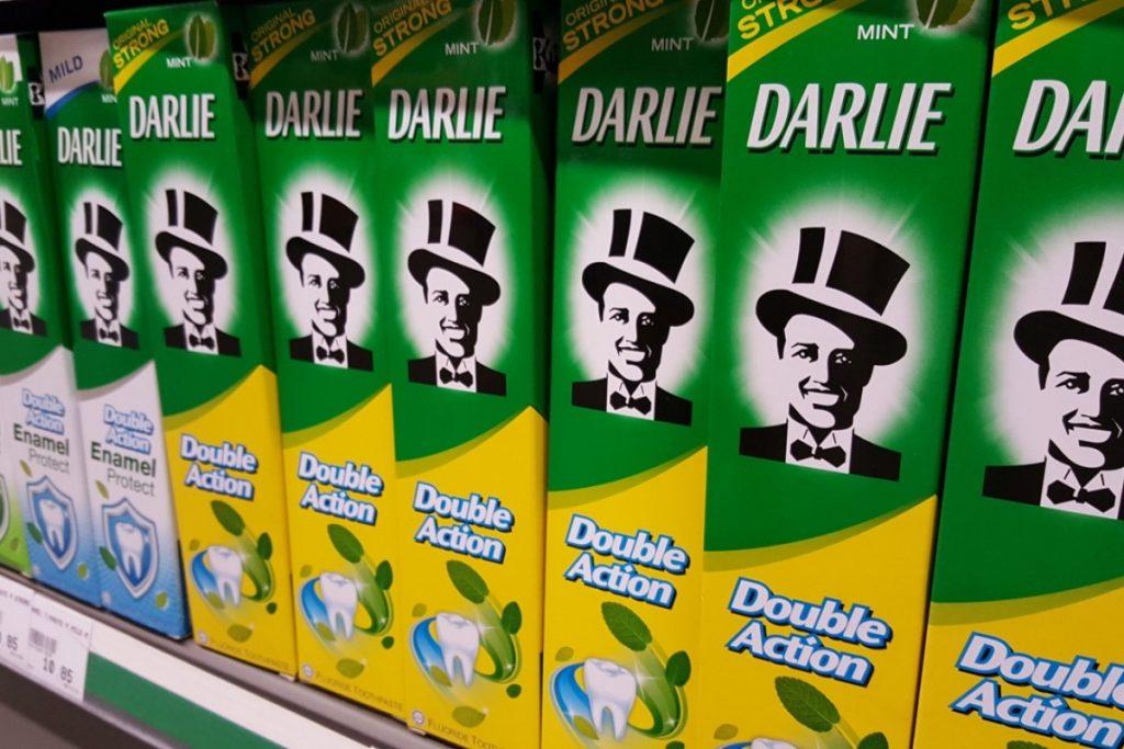 Darkie, Darlie, packaging, razzismo